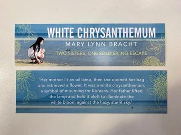 White Chrysanthemum 도서 상세이미지