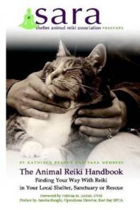 [해외]The Animal Reiki Handbook - Finding Your Way With Reiki in Your Local Shelter, Sanctuary or Rescue
