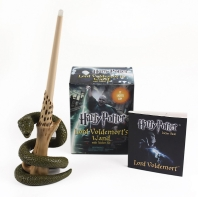 [해외]Harry Potter Lord Voldemort's Wand with Sticker Kit [With Book(s) and 8-Inch Light-Up Replica of Lord Voldemort's Wand]