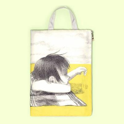 10월 그림책갤러리 도서 포함 유아동 도서 3만원 이상 구매 시 스트랩파우치 증정