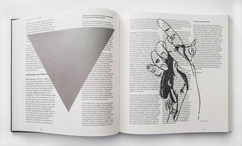 지희킴, [The Gaze], 기부 받은 책 페이지에 색지, 잉크, 28.2 x 50.5 cm, 2016