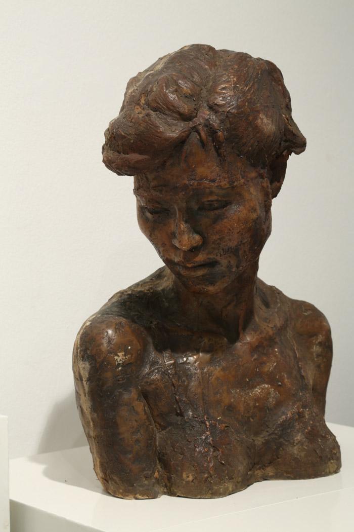 구본주 여인 2 42×30×52cm 브론즈 1986