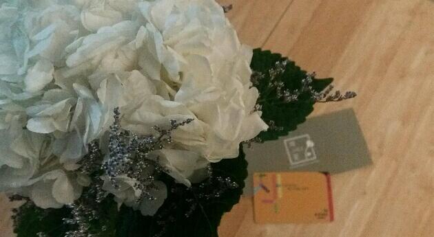 li**oj님이 올리신 책 그리고 꽃 서비스 이미지