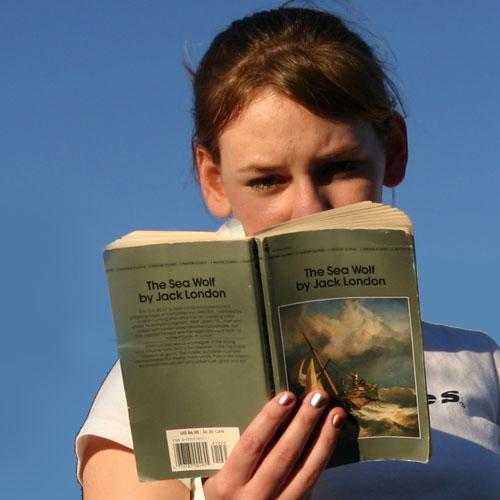 대학생들은 3월에 어떤 책을 읽을까?