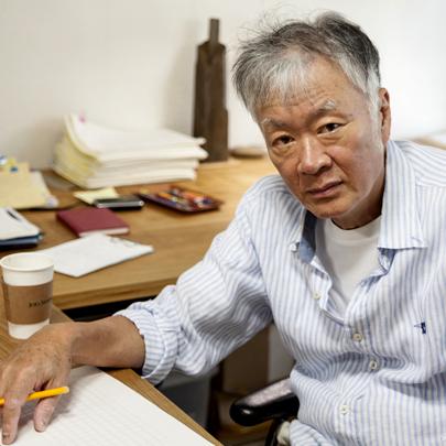 김훈 산문의 정수,『라면을 끓이며』