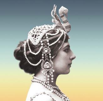 전설의 무희, 마타 하리의 삶을 그린 파울로 코엘료의 신작!