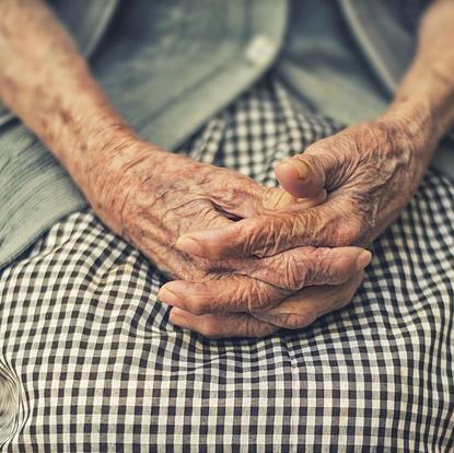 소득절벽에 놓인 위기의 노인들