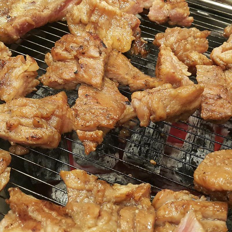 [박찬일의 밥먹고 합시다] 돼지갈비 한 점