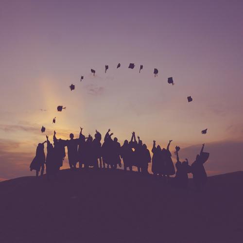 졸업을 앞둔 너에게ㅡ오랫동안 기억해주길 바라는 졸업 축사들
