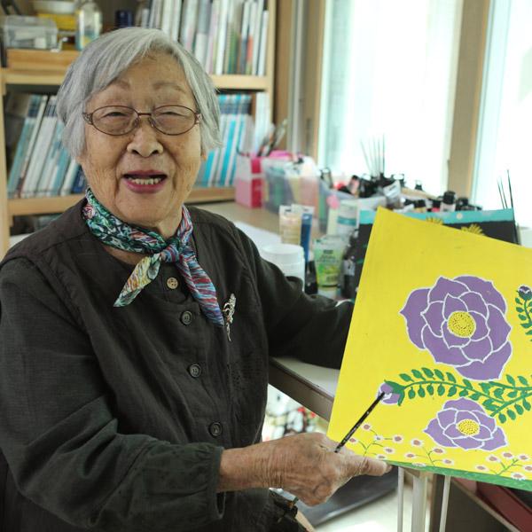 """『그림 그리는 할머니 김두엽입니다』""""그림 그릴 때 가장 행복..."""