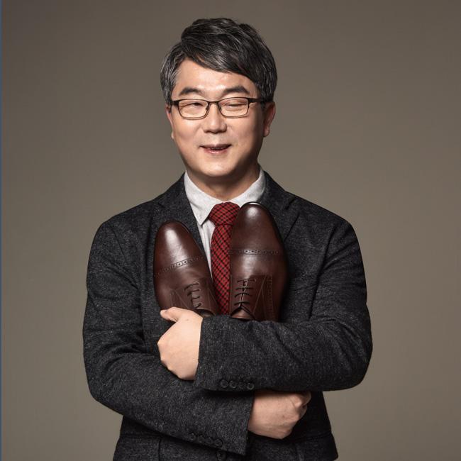 '대통령의 구두'보다 더 많은 이야기를 담은 구두『꿈꾸는 구둣방』아지오 유석영 대표