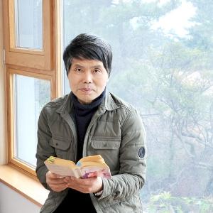 『함께 있을 수 있다면』번역자 이세욱