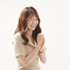 """『복자에게』김금희 """"계속해서 열리는 길을, 조금 더 믿어봐요"""""""