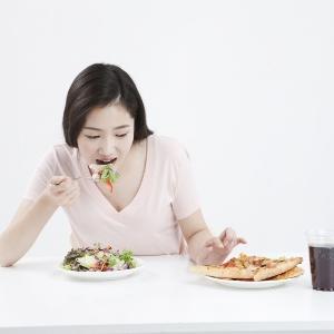 먹는다는 건 진짜 나를 알아가는 과정이다: 혼밥&혼술