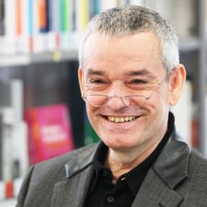 미하엘 엔데를 잇는 독일 환상문학의 대가, 랄프 이자우