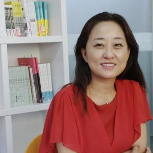 """""""내 옆의 행복을 인정하고 공감해주세요""""『오늘, 행복을 쓰다』 김정민"""