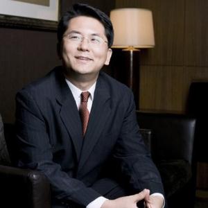 # 12-2 문유석『판사유감』- 법조계의 유재석, 문유석 판사 '평범한 판사이길 거부한다'