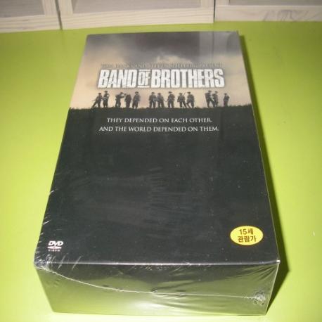 밴드 오브 브라더스 박스세트 [Band Of Brothers Box Set] [12년 8월 워너 상반기 베스트 타이틀 프로모션] 새상품입니다.디지팩 입니다.