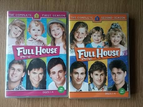 풀 하우스: 풀시즌 박스세트 [FULL HOUSE: THE COMPLETE SERIES] FULL HOUSE 1~6시즌 입니다..