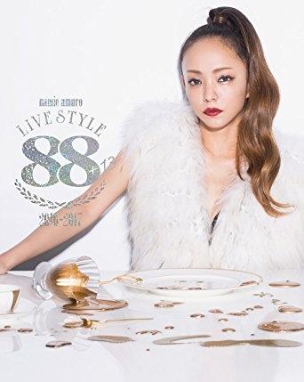 namie amuro LIVE STYLE 2016-2017 (블루레이)