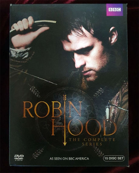 Robin Hood The Complete Series (영국 BBC에서 상영한 Robin Hood 3부작 풀세트로, 현재 아마존에서 판매중인 제품입니다)
