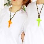 샬롬 형광 십자가 목걸이