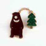 [인디고샵] 숲 속의 곰 고리 금속 뱃지