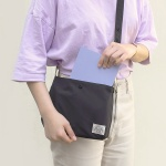 Reversible two way cross bag_Charcoal
