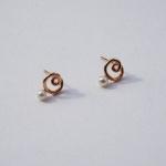 14k gold lovely pearl earring