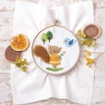 하마나카 작은 다람쥐와 새 자수 양모펠트