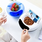 [아이디어] 휴대폰 거치 겸용 다용도 간식 접시