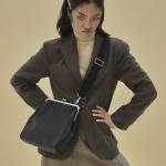 11/1 예약배송 [펀프롬펀]Olsen frame big bag (blac