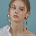 Unbalanced Ring Drop earring