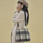 [10월25일예약배송]Amelie frame big bag_check navy