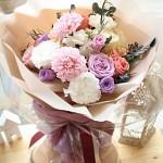 다알리아&리시안셔스 꽃다발