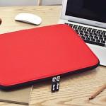 Varie 바리에 비비드 슬림 15.6인치 노트북 파우치 레드 VIVID-Slim156RD