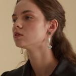 sensitive pearl earrings_gray