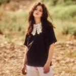 레이스 카라 티셔츠 블랙