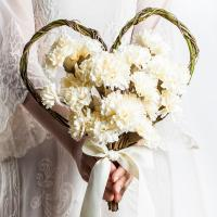 셀프 웨딩 카네이션 하트 꽃다발 크림 조화