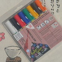 [Kuretake] 옷,신발,천에 그리는 직물마카-일본 쿠레다케 지그 패브릭마카 Fine 8색세트 F131-3