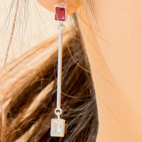 i_e70 - tropical ruby _ crystal earring