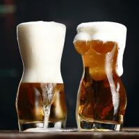 Torso woman beer glass 1P