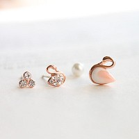 Swan Song earring
