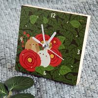 작은 나무시계 - 동백꽃