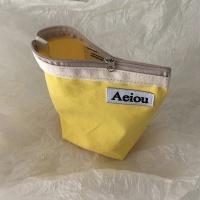 아에이오우 파우치_Banana yellow M