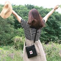 YOLO Cross Bag (크로스백)