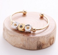YL-blooming flower bangle