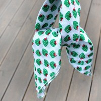 Petit Scarf-Hankie (스카프-손수건) - 초록딸기