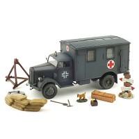 1/32 GERMAN 4x4 AMBULANCE 1940 (UMX800730GY)