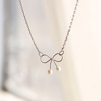 Sugar Ribbon necklace